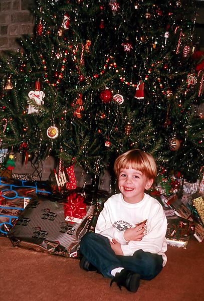 1997/12 Ben in Houston for Christmas