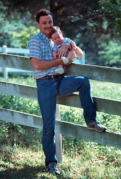 1986/04 Family TX Jim holds Josh in Round Top