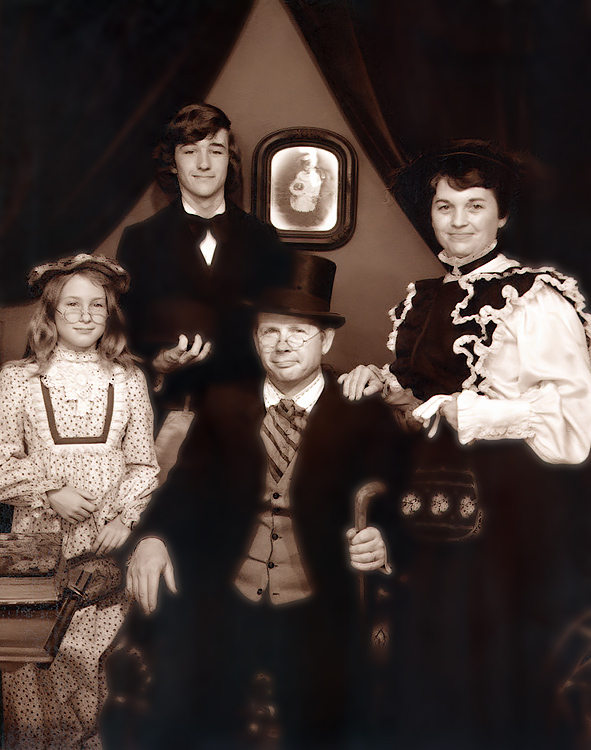 1976 - The Texas Grigsbys: Jodi, James, Murry and Pat striking an old-time pose in Houston, Texas.  This image resembles the 1872 tintype version of the very first photographic evidence of our Grigsbys in America -- only these Grigsbys are a bit more affluent than James, Margaret Ellen and William.