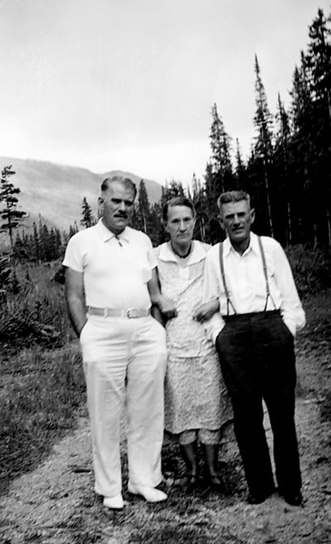 1936 August - Our mother wrote on the back of this photograph: Uncle Bruce Graves, Grandma (Lyda) Grigsby and Uncle Fred Graves.  The landscape in the photograph suggests that brother Bruce was visiting his sister Lida (which is how she spelled her name in her family bible) and brother Fred in Colorado.  The weather was warm enough for the Graves siblings to wear summer clothing so this may have been August 1936 also.  Bill believes that Fred was also living in the Denver area by the time this photograph was made.  Bill found 25 year old Fred in the 1915 Kansas census living with his parents, G. S. and Eva and his 18 year old sister, Thelma, in Ohio Township of Franklin County.  Thirty year old Fred was also listed in the 1920 Atchison City of Atchison County Kansas census and living with his 21 year old wife, Vina.  Bill has not found Fred in the 1930 census but during the 1930 census, 35 year old Bruce L. Graves Sr. resided with his 31 year old wife, Helen M. and 5 year old son, Bruce Jr., in Ripley township of Holmes County, Ohio which is east of Mansfield.  Bruce died in September 1937 in Mansfield, Ohio.