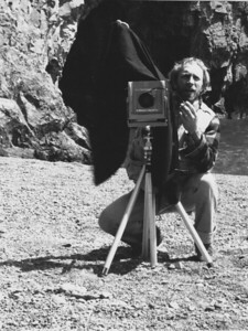 David Grinstead with UMD veiw camera at Ilgen City beach 198what