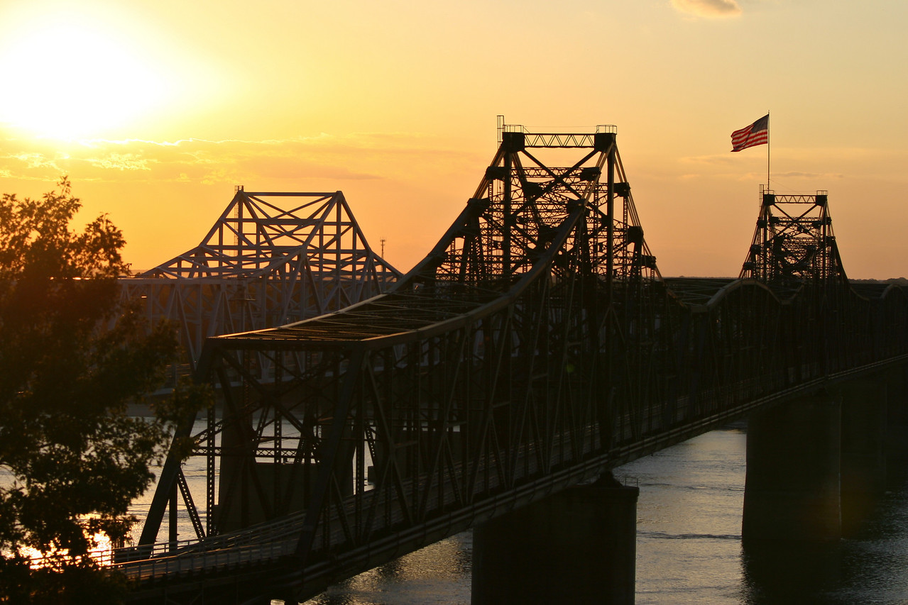 River Bridges Here are some great southern landscape shots! A beautiful delta sunrise or sunset! Southern transportation comes in all forms. From tractors to mules, from trains to boats!