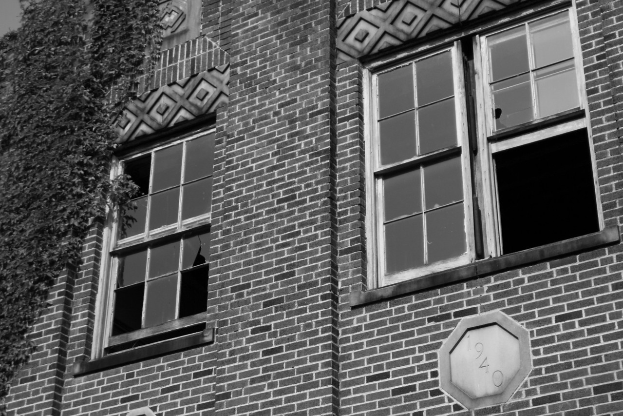 1930's Abandoned High School Some photos just scream for Black and White! These Mississippi Delta photos are no exception. Great southern buildings and architecture from our past and present.