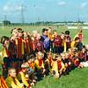 F4335<br /> De openingswedstrijd tussen de junioren van v.v. Teylingen en v.v. Ter Leede tgv de opening van sportpark 'de Roode Molen'. Foto: 1995