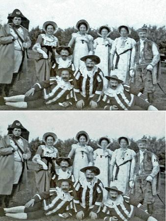 """F0209<br /> De vierde groep van de optocht van het Onafhankelijksfeest op 18 september 1913 stelt een vrolijk gezelschap op een oude diligence voor, terwijl zij juichend riepen: """"Leve Willem I, souverein vorst der Verenigde Nederlanden"""" en 'Oranje boven' zongen. Foto: 1913.<br /> <br /> 01dhr. A. Bergman<br /> 02dhr. H. Zonneveld<br /> 03dhr. W. Bergman<br /> 04dhr. C. Speelman jr.<br /> 05mevr. Westerbeek-Klein<br /> 06dhr. P. Westerbeek<br /> 07mevr. Zonneveld-Pera<br /> 08mevr. Bergman-Thijs<br /> 09mevr. Bergman van Voorst<br /> 10dhr. J. Pereboom"""
