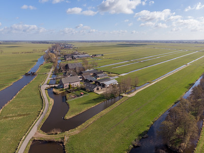 Luchtfoto Achterland Groot-Ammers D2102260836