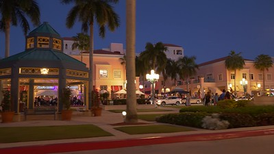 Nightlife at Mizner Park Boca Raton FL