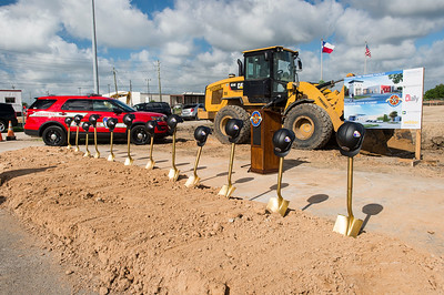 Police and Fire Academy_Groundbreaking_2019_006