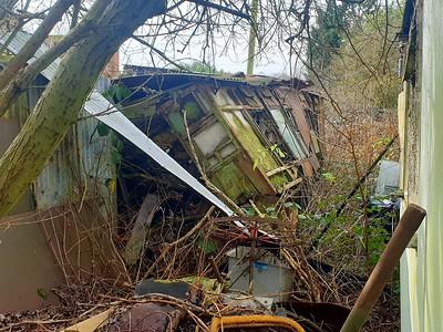 Unknown Van/Coach body Derelict at Rushgreen Motors, London ROad B656, Rush Green, Hitchin, Herts   08/02/20