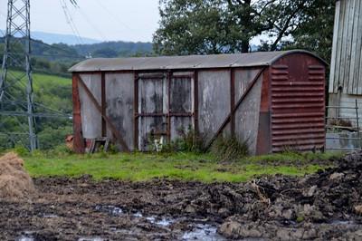 Unknown 12t Vent Van 'Ply', Mudgley Wall Farm, Mudgley Road, Rooks Bridge, Somerset     30/08/15