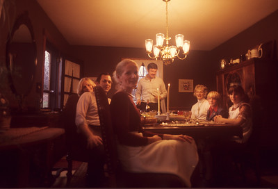 1975_07 Thanksgiving BLB's Sister's Family