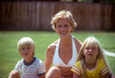 1974_06 Bonnie Black, Tyler & Jennifer
