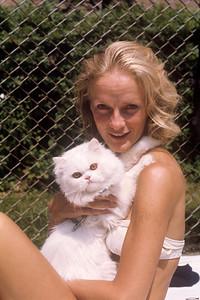1975_07 Bonnie Black & Alphie