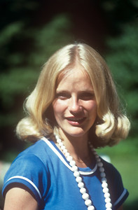 1976-06 Bonnie Lee Black