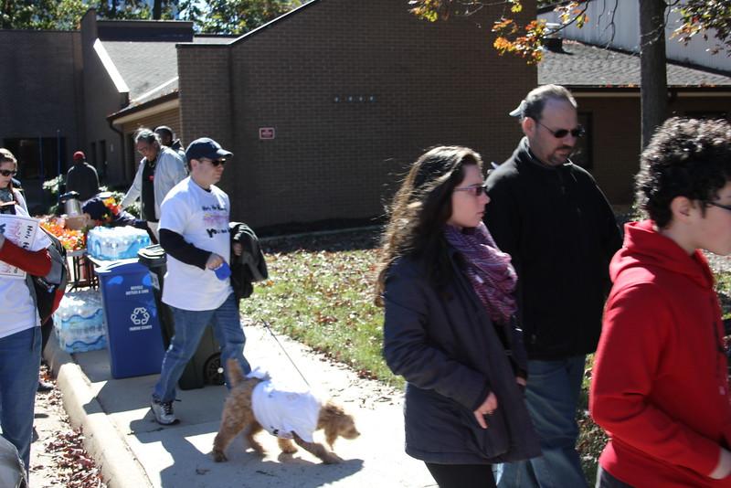 Help Homeless Community Walk-2014-10_7319