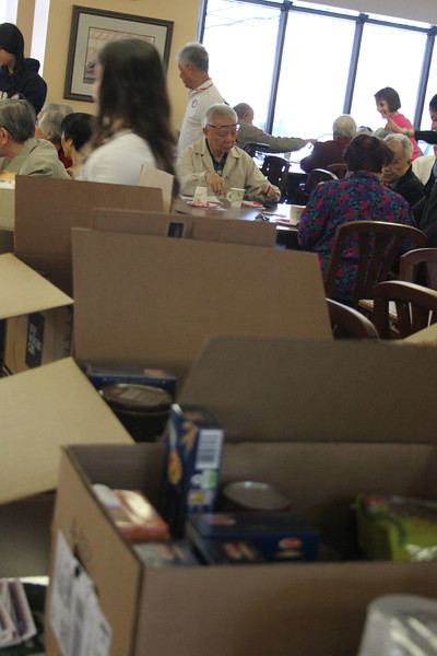 Food-pantry-donations_HWFH_GDD2014_5220