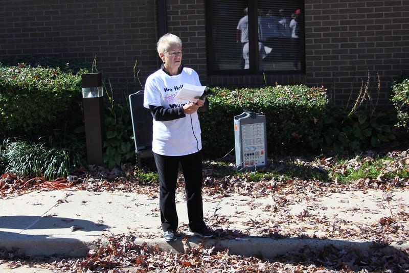 Help Homeless Community Walk-2014-10_7303