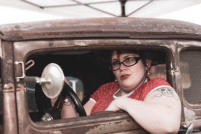 Event: Monsters Model Motars (MMM) 2019 Model: Sam Gerrits -  Llamalicious Cosplay Hair: Self MUA: Self SFX MUA:  Photographer: John Penokie / EyeOnYouPhotos.com  Car Year: 1930 Make: Ford Model: Model A Owner: Terry King