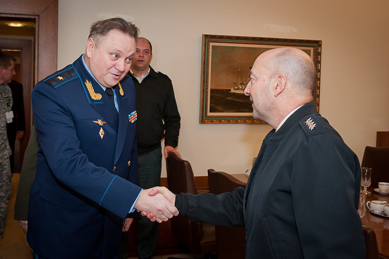 Admiral James Stavridis, Supreme Allied Commander Europe (SACEUR) invites to an office call Major General Sergey Orlov, incoming Russian Deputy Chief Operations Department, on Monday 28 January 2013. (NATO picture by Ger.Army Sgt. Emily langer)