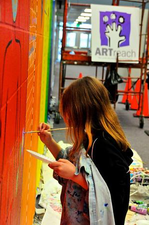 2010-ARTreach_Mural-Rhodes-1DEV 11