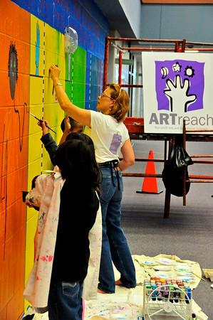 2010-ARTreach_Mural-Rhodes-1DEV 21