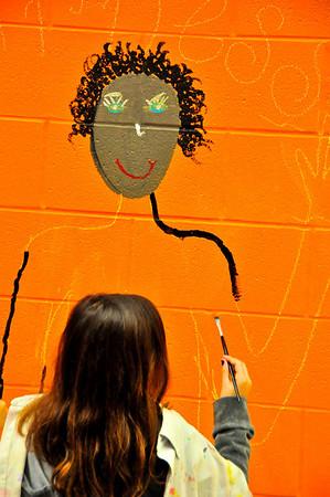 2010-ARTreach_Mural-Rhodes-1DEV 15