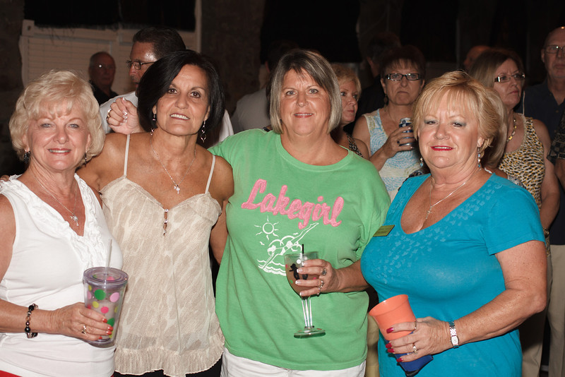cloe-summer party 2012-1076