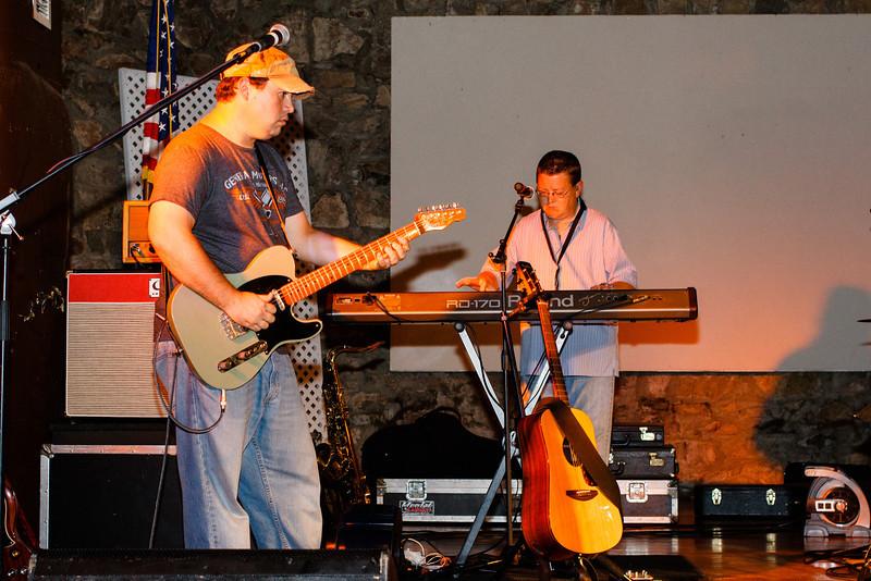 cloe-summer party 2012-1120