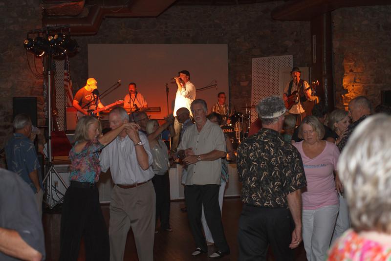 cloe-summer party 2012-1264