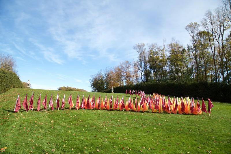 Crane Estate: Grande Allee: Second flag installation
