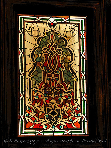 Stained glass - posterized in ps