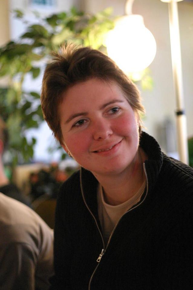 Renate, PR -commissaris 2004