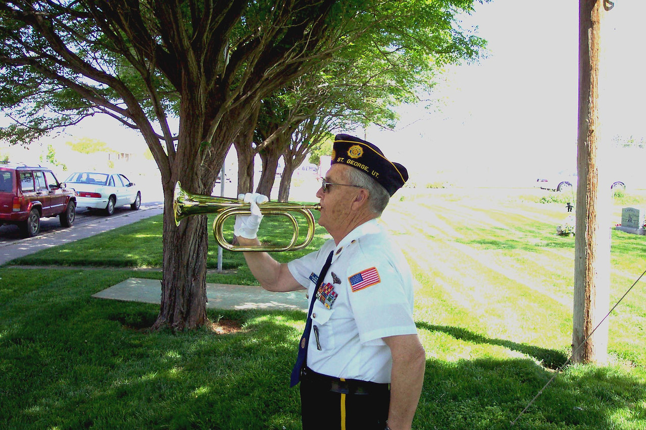 Val Smith, Bugler.