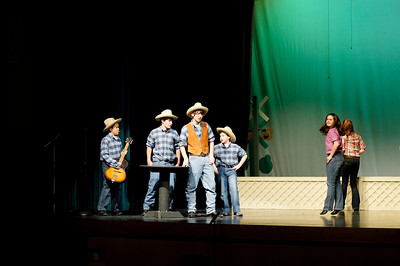 2010.01.06 Footloose Starz dress rehearsal
