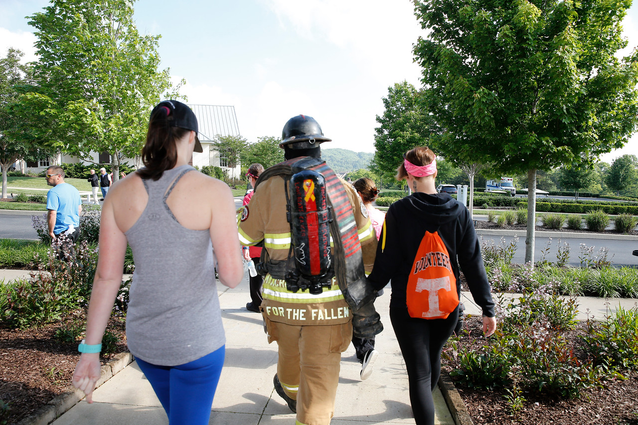 The Grove 5k Race and Memorial Mile on May 13, 2017. Photos by Donn Jones Photography.
