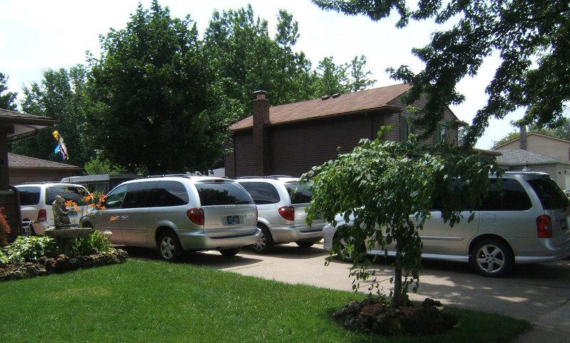 Meeting Moms Minivans