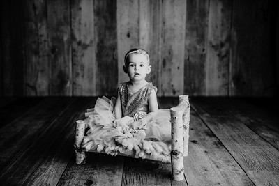 00001©ADHphotography2021--AdalineMiller--OneYear--January21bw