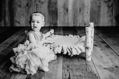 00009©ADHphotography2021--AdalineMiller--OneYear--January21bw