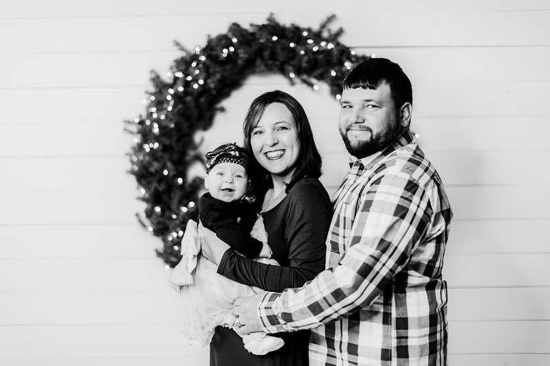 00010-©ADHPhotography2019--DelmaDay--SevenMonthAndFamily--December23bw