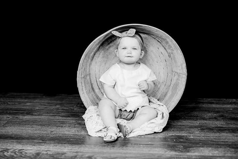 00012--©ADHPhotography2019--EmilyLoomis--OneYear--February18