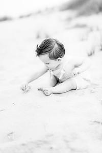 00018-©ADHPhotography2019--EverettGass--BeachBUm--September2