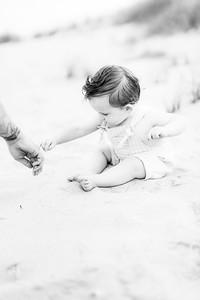 00021-©ADHPhotography2019--EverettGass--BeachBUm--September2