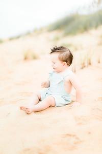 00011-©ADHPhotography2019--EverettGass--BeachBUm--September2