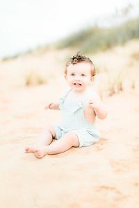00022-©ADHPhotography2019--EverettGass--BeachBUm--September2