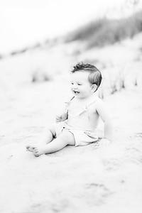 00006-©ADHPhotography2019--EverettGass--BeachBUm--September2