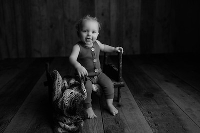 00010©ADHphotography2021--JASEKHGWOOD--ONEYEAR--FEBRUARY4bw