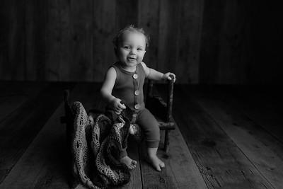 00009©ADHphotography2021--JASEKHGWOOD--ONEYEAR--FEBRUARY4bw