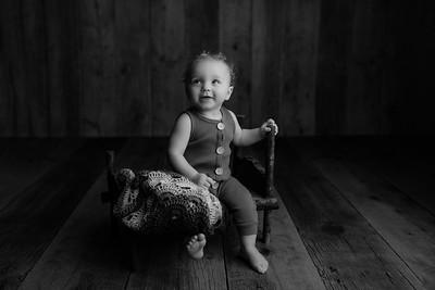 00008©ADHphotography2021--JASEKHGWOOD--ONEYEAR--FEBRUARY4bw