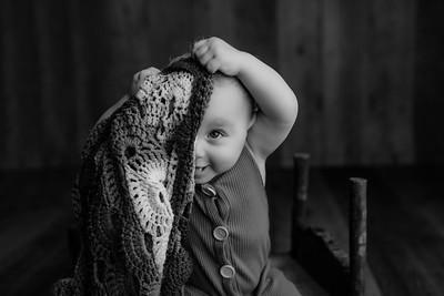 00007©ADHphotography2021--JASEKHGWOOD--ONEYEAR--FEBRUARY4bw