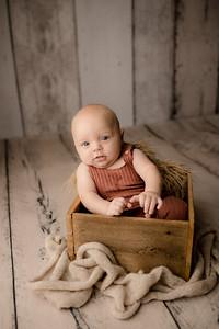 00007©ADHPhotography--JasekHegwood--4Month--June24